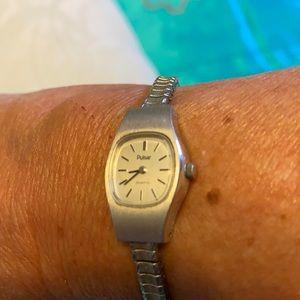 Vintage Pulsar quartz silver watch